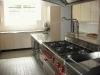Die gut eingerichtete Küche