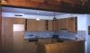 Grosse, helle und gut eingerichtete Küche
